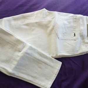White max woman's jeans size 6